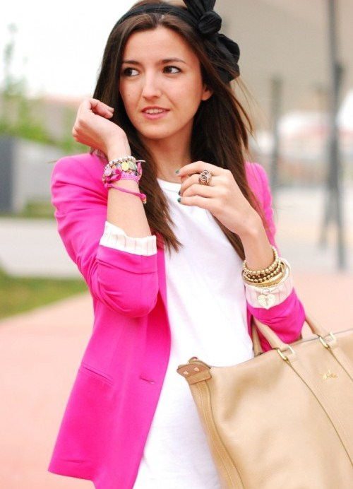 розовый жакет