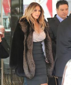 Ким Кардашян в форме!