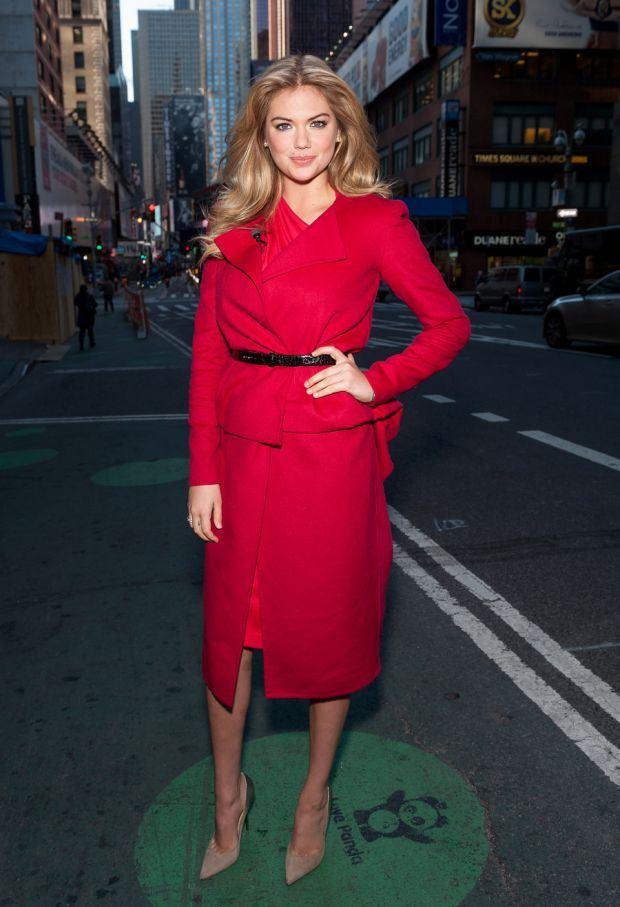Во что была одета Кейт Аптон?