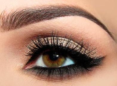 Лёгкий макияж для карих глаз