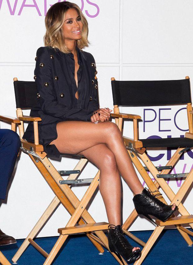 У певицы Ciara целлюлит