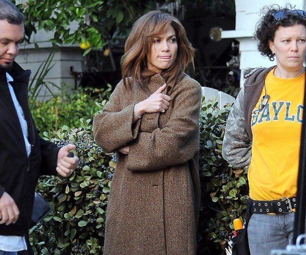 Дженнифер Лопес не боится холода!