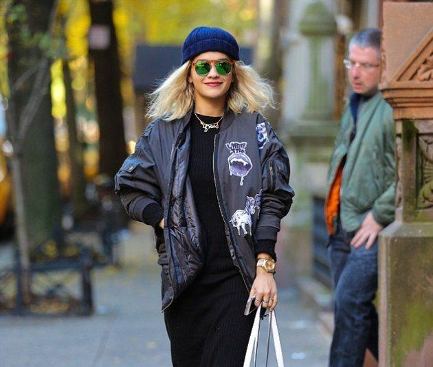В чем была одета Rita Ora в прошлую пятницу?