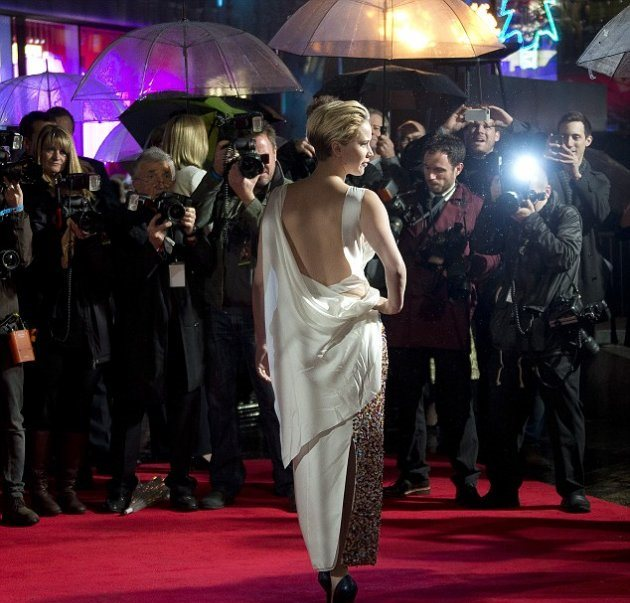 """Дженнифер Лоуренс на премьере """"Голодных игр"""""""