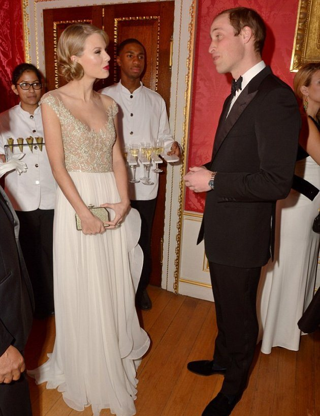 Тейлор Свифт побывала в гостях у Уильяма