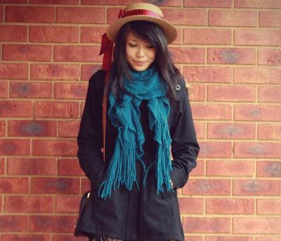 Как красиво носить палантин с пальто