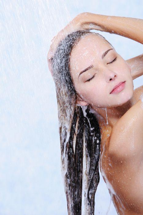 Как правильно ухаживать за наращёнными волосами