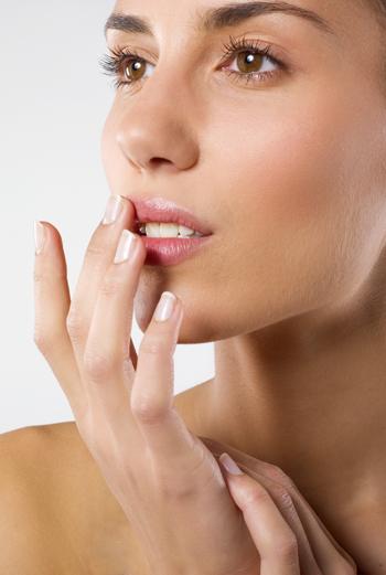 Сухие губы, что делать?