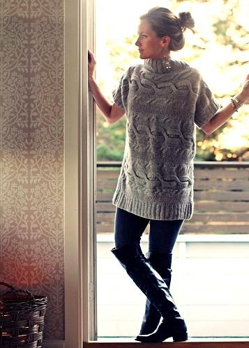 С чем носить вязаный свитер?