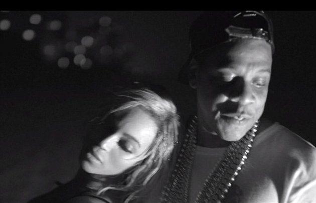 Beyoncé выпустила новый альбом и клип