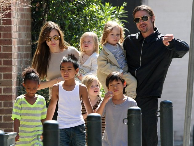 В среду UsWeekly сообщило, что из-зи плотного графика, работы Брэд Питт и Анджелина Джоли не воссоединятся на Рождество.
