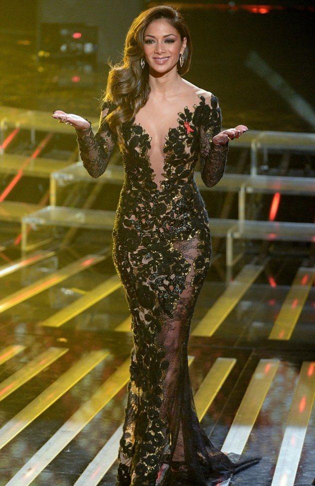 Николь Шерзингер в новом платье на X Factor