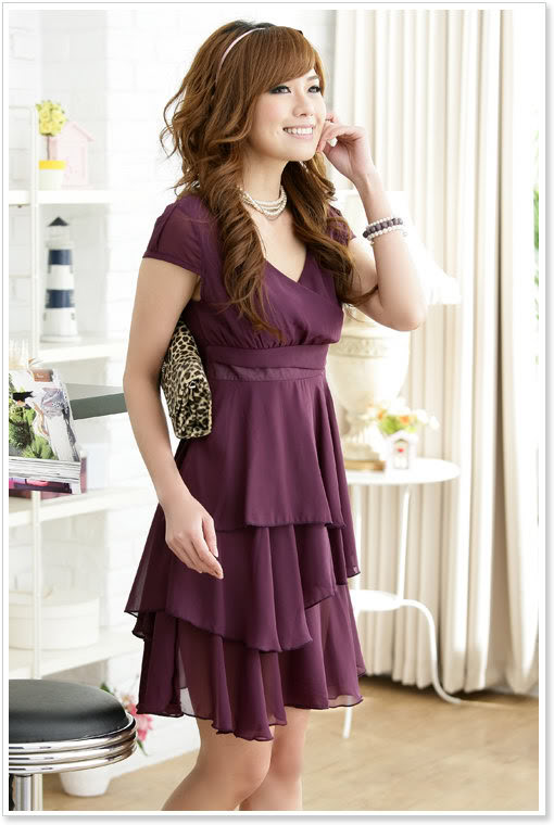 С чем носить фиолетовое платье?