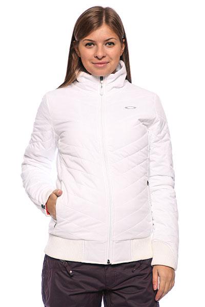 С чем носить легкую белую куртку?