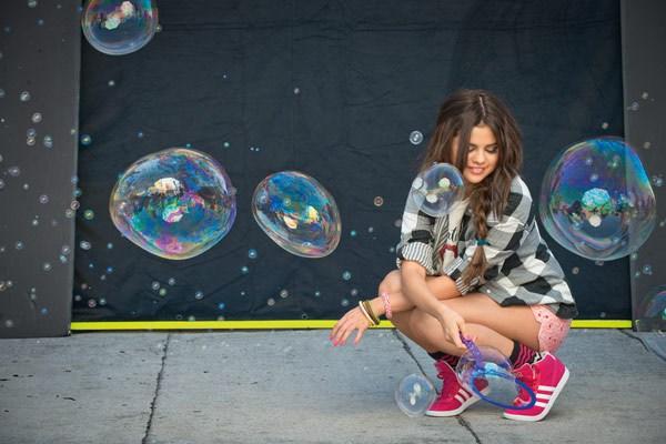 Селена Гомес участвовала в фотосессии для Adidas