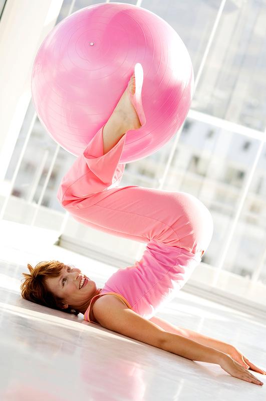 Как сделать ноги стройными упражнения