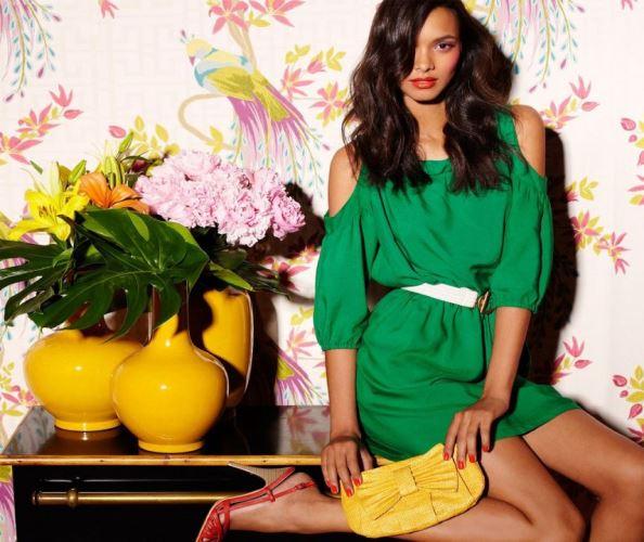 С чем сочетать зеленый цвет в одежде?
