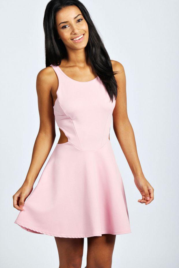 Хит сезона - розовые платья!