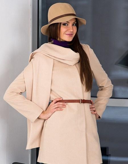 Стильные женские пальто 2014: осенние подиумы улиц