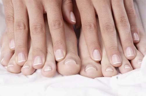 Как вылечить грибок на ногтях ног?