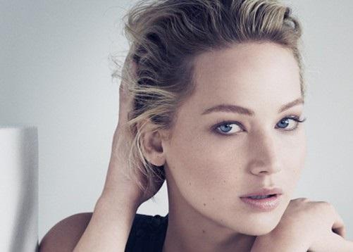 """Дженнифер Лоуренс будет рекламировать сумки """"Dior"""""""