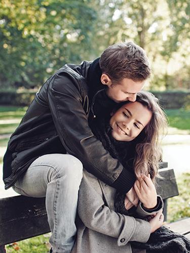 Как влюбить в себя девушку, если она считает тебя другом