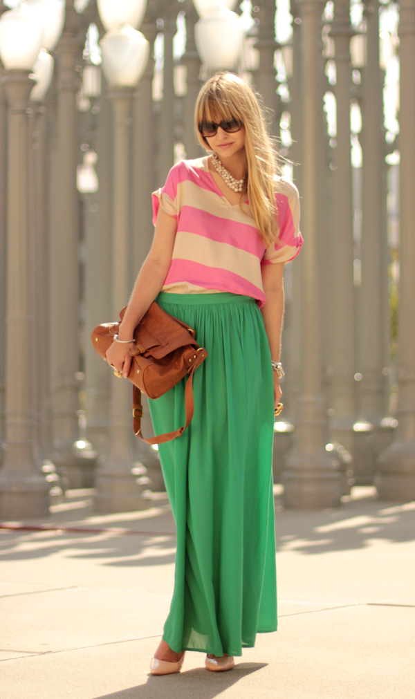 30-reasons-and-one-explanation-why-women-and-fashion-love-maxi-skirts-14