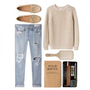 Сборка одежды: джинсы, свитер, балетки, расческа