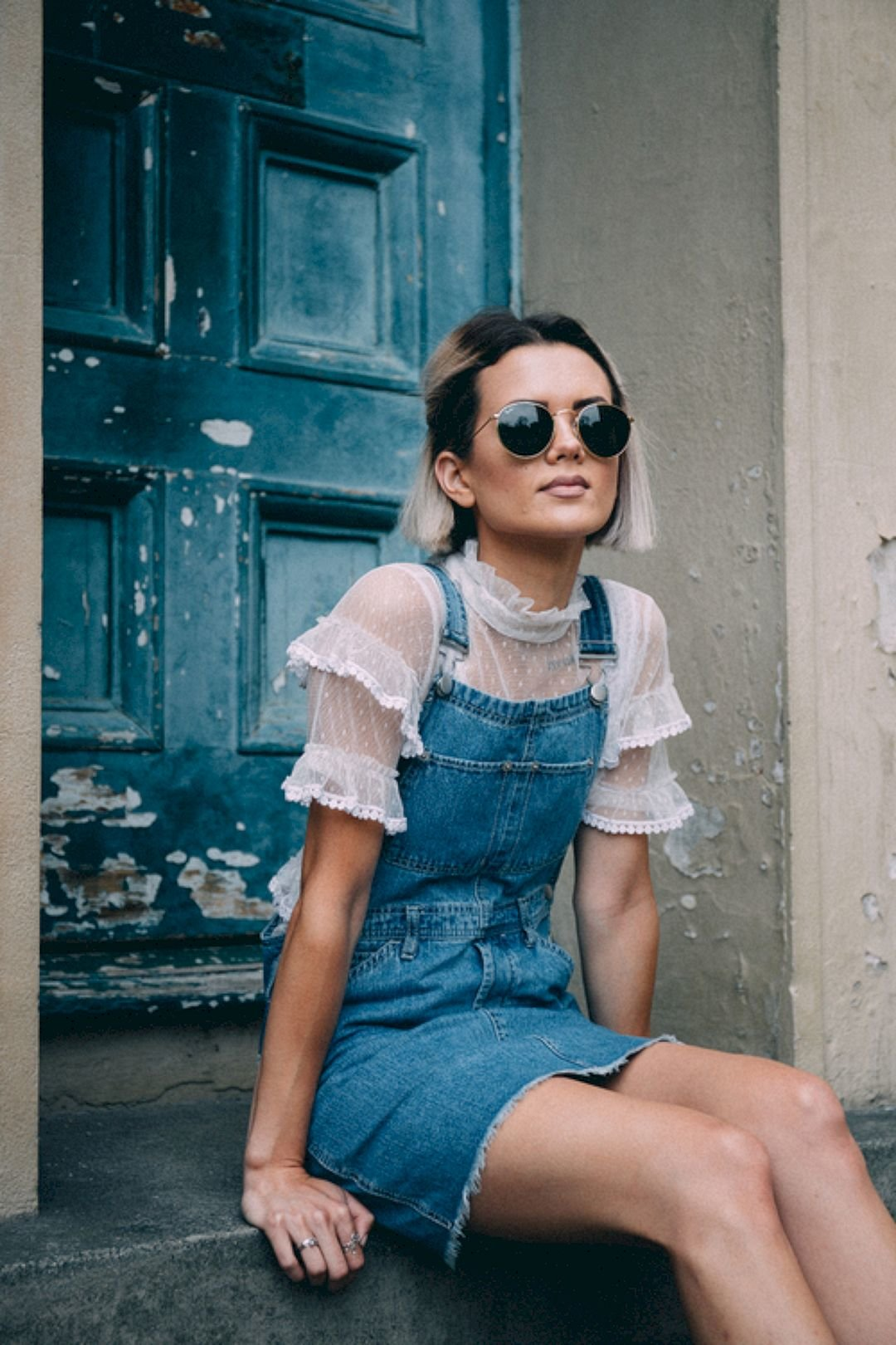 Джинсовый сарафан уличная мода