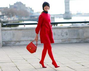 Осенний образ с красными колготками.